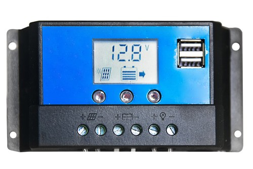 The 3 Top Solar Charge Controllers - Reviews & Buyer's Guide