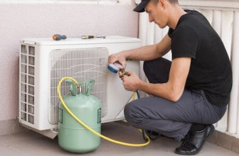 Air conditioner refilling with freon